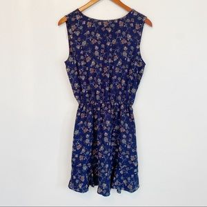 CUPCAKES AND CASHMERE navy paisley dress